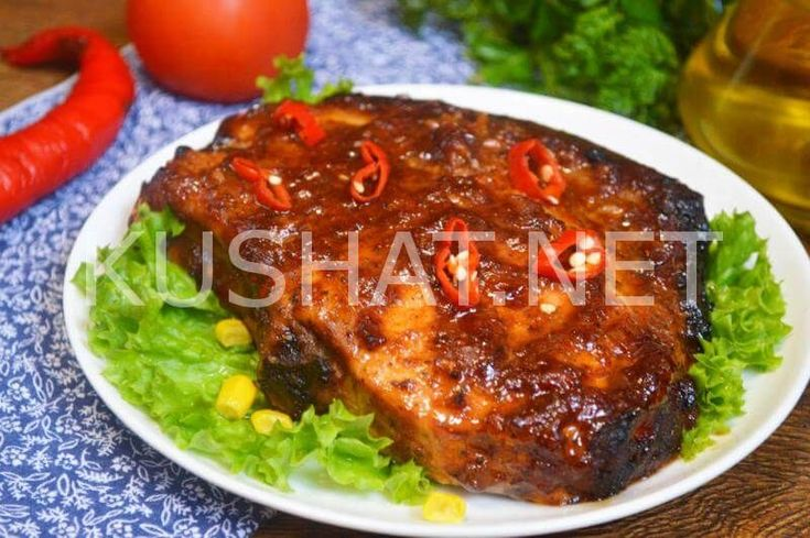 Свиная корейка на кости в духовке может быть приготовленная по разным рецептам в зависимости от ее размера. Как известно свиная корейка – это одно из самых вкусных и ценных частей свиной туши. По способу разделки свиная корейка может идти с косточкой, так и без нее. Отрез корейки без косточки часто используется для приготовления карбонада свиного. […]