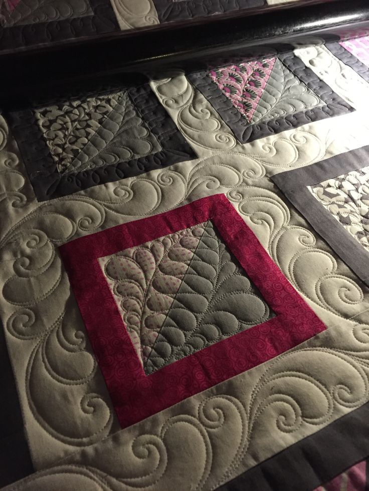 Custom quilting on a customer quilt. Quilted by StarlitQuilts.com