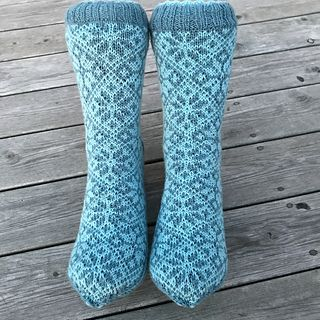 liwes' Socks with traditional roses