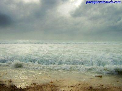 Riviera Maya antes del Huracán Wilma #mexico #beach http://www.pacoyverotravels.com/2014/05/las-mejores-y-peores-playas-del-caribe.html
