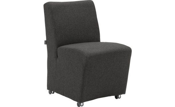Mountain Vinsion is een moderne eetkamerfauteuil met ongekend zitcomfort. Deze stoel is vakkundig gestoffeerd met zwarte weefstof voor stijlvolle uitstraling. De comfortabele nosagvering in de zitting en singelbanden in de rug verzekeren u van jarenlang gezellig tafelen. Door de luxe wieltjes en handgreep is de stoel zeer praktisch in gebruik. Mountain Vinison is uitgevoerd met duurzaam massief hardhouten frame. U krijgt op dit model 10 jaar garantie.