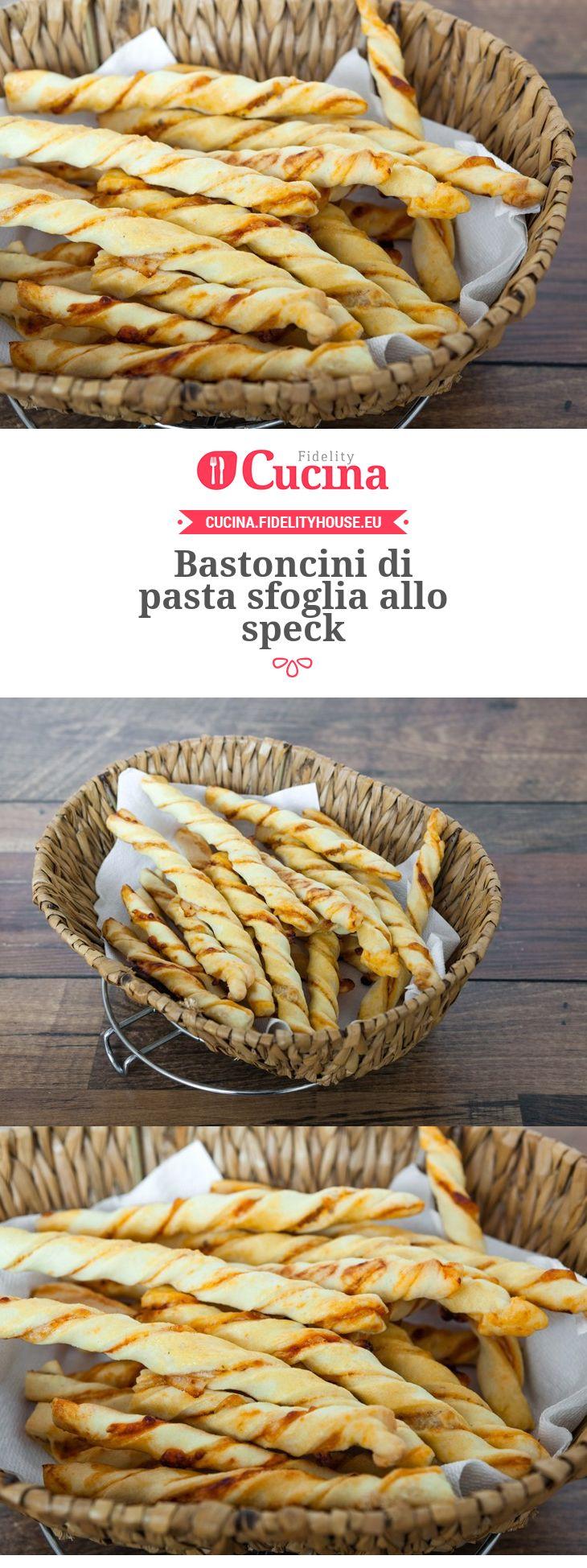I bastoncini di pasta sfoglia allo #speck sono un #antipasto sfizioso e veloce da preparare, perfetto per un #buffet.