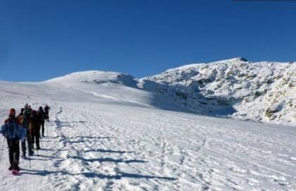 Lunada en Gredos: Raquetas de nieve con alojamiento » Tuawo