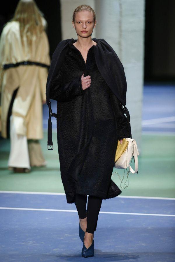 Céline | Ready-to-Wear - Autumn 2016 | Look 42