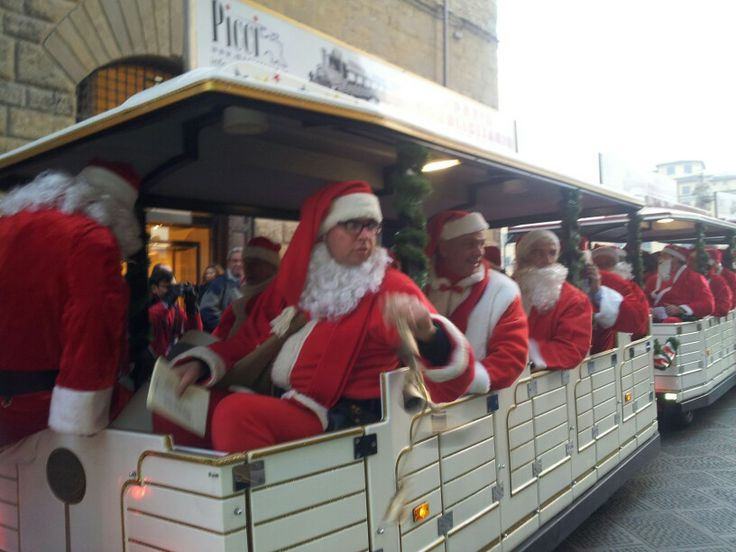 Babbo Natale in quantità #anticatorre #tonabuoni1