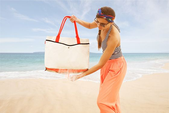 Beach essential: bring a bag with holes in it! | Thing i need ...