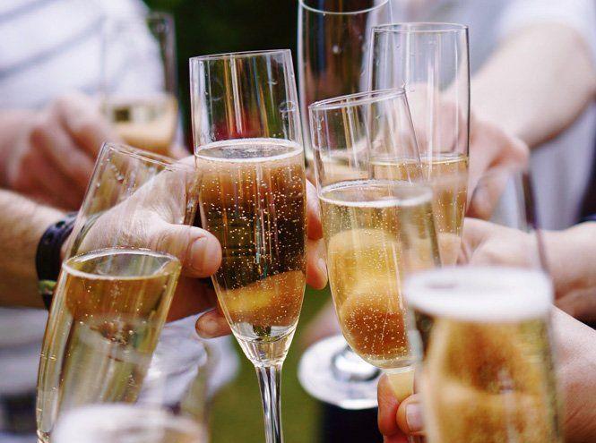 Cheers: гид по игристым винам   Marie Claire