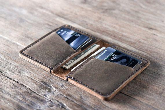 Regalos para hombres, mujer, personalizados carpetas de cuero, hecho a mano cartera - carpeta de tarjeta de crédito de crédito de cuero minimalista - hecho por JooJoobs.com