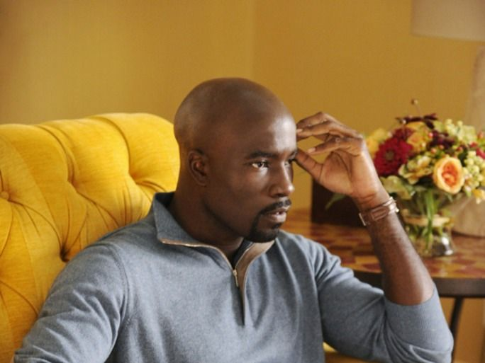 Will Lemond Bishop Die In 'The Good Wife' Season 6? Mike Colter's 'Luke Cage' Role Could Be Bad News | Bustle