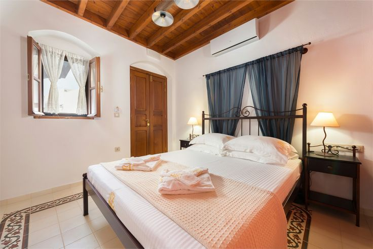 Triiris bedroom Luxury Villa Eftihia in the heart of Lindos