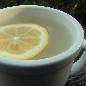 Ginger-Lemon Tisane (for sickies)
