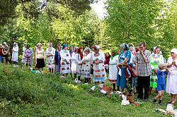 'Europe's Last Pagans' Worship in Marii El Grove #FinnoUgric