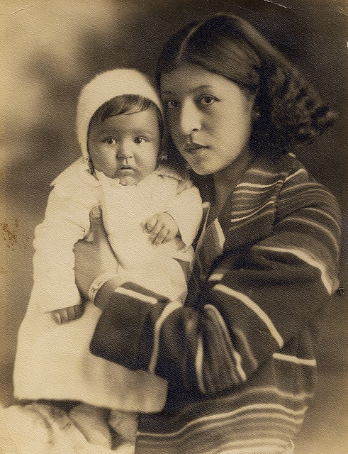 Cherokee mother and child