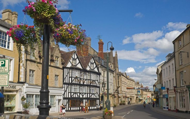 Read our guide to the best things to do on a short break in Cirencester, as recommended by Telegraph Travel. Find great photos, expert advice and insiders tips.
