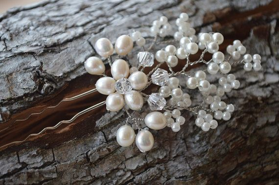 Hey, I found this really awesome Etsy listing at https://www.etsy.com/uk/listing/228029399/simple-and-elegant-bridal-hair-pin