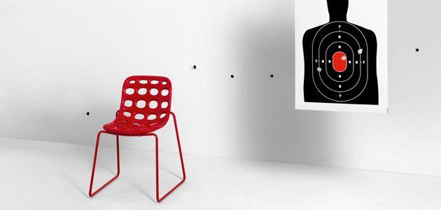 La sedia bar modello Chips è un prodotto per l'arredo bar che non passa inosservato. La sedia bar Chips è sorprendentemente comoda e accogliente,