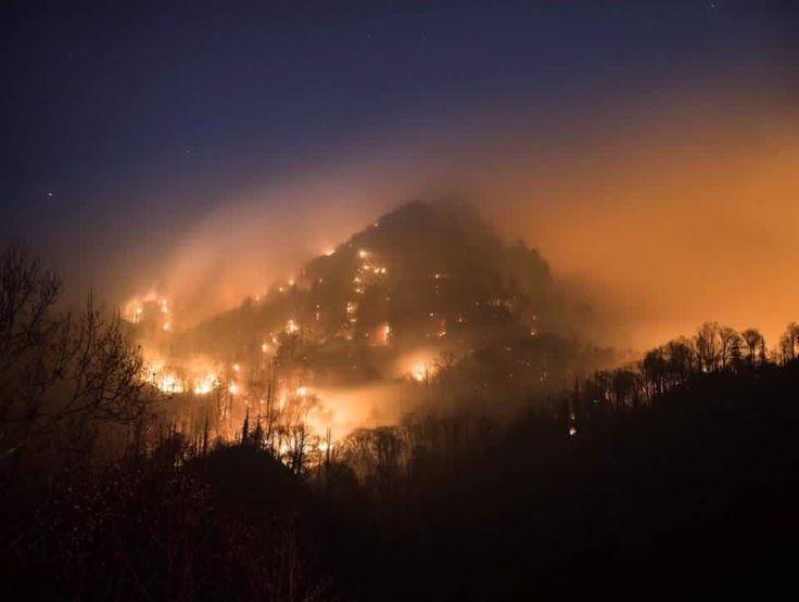 Gatlinburg Tennessee ablaze