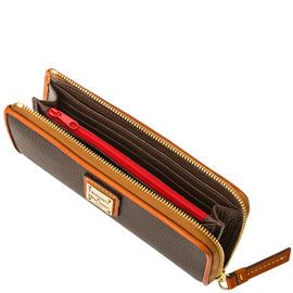 Dooney & Bourke | Zip Clutch