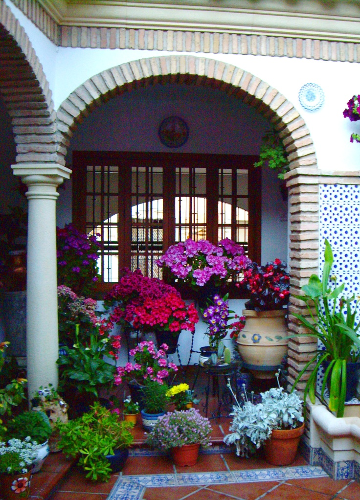 Patios 2012   Flowers Galore 1