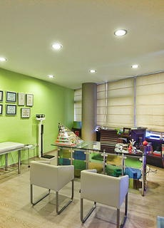 nutritionist office, modern, commercial MK Square Studio, NYC Interior Design