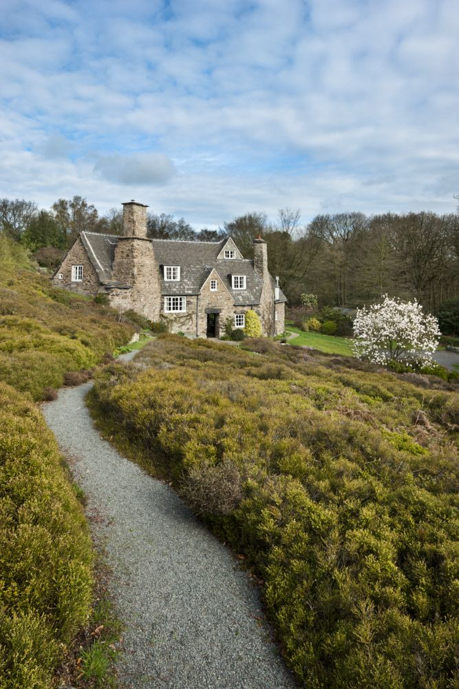 The south front of Stoneywell. ©National Trust Images/Andrew Butler
