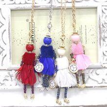 Moda francés doll collar de la aleación figura colgante vestido de la pluma de collar y colgante de mujer accesorios al por menor envío gratis