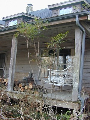 Primitive Country Home – Country Porch & Wicker Swing