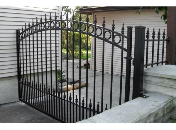 Touch of Class for your requirements of Aluminum and Ironworks. Be it design, fabrication or installation, we specialize in all. Find the best solution for your new construction or renovation projects.