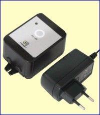 De PowerGuard CM2100 is een GSM-alarmmodule met back-up batterijen die alarmberichten verstuurt na uitval van de netspanning of na activering van een van twee ingangen. De module is voorgeprogrammeerd met standaard reacties. Dit gedrag kunt u aanpassen door het versturen van SMS-berichten naar het telefoonnummer van de module. http://www.vego.nl/mobeye/powerguard/powerguard.htm