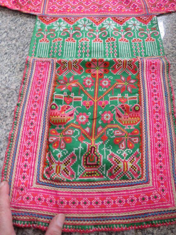 Vintage Hmong point de croix tissu, textiles fait main tapisserie, tissus tribaux de colline de Thaïlande