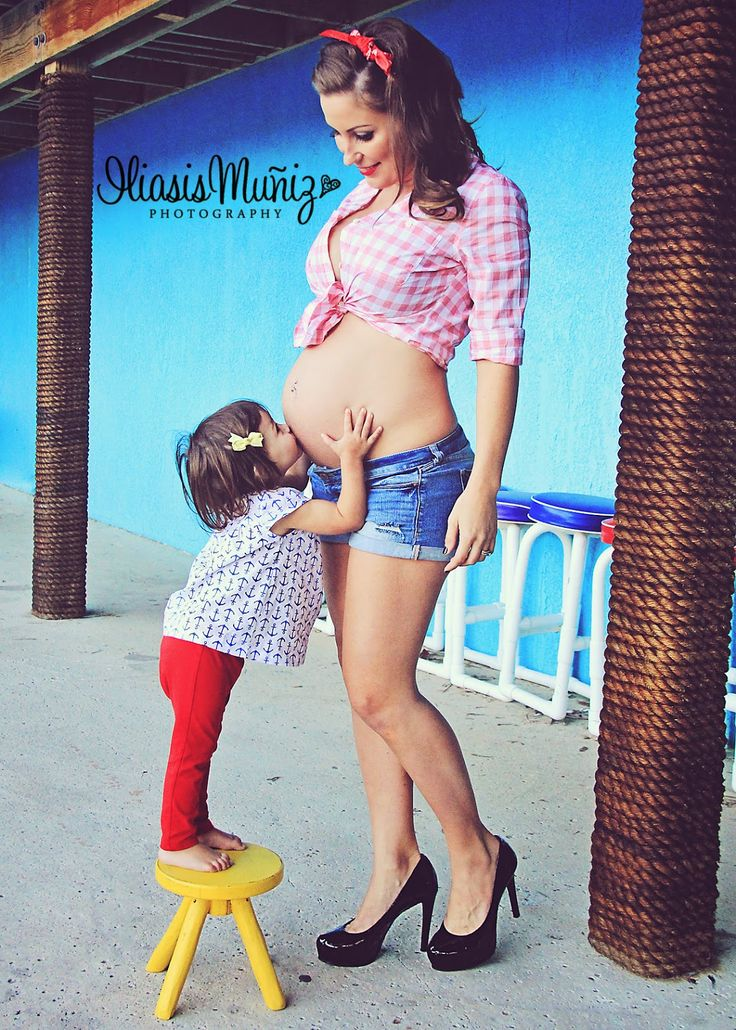 Pin-up Rockabilly Style Maternity Shoot with Sibling South Padre Island, TX