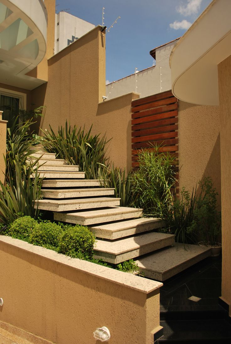 escadas externas jardim : escadas externas jardim:ENTRADA01.jpg (2592×3872)