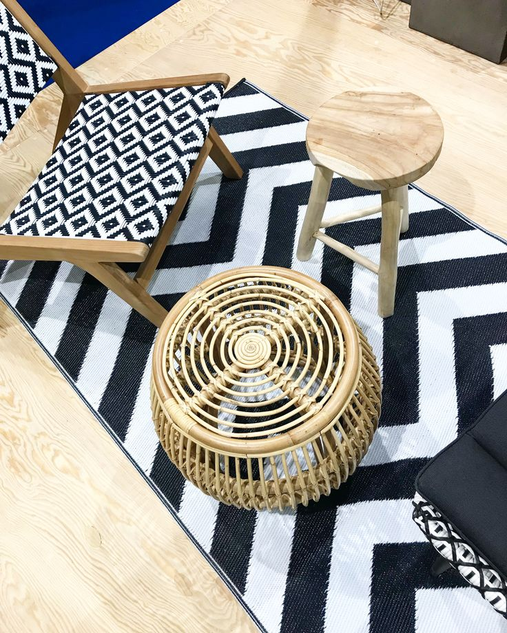 Black and White Inspiration - Carpet - Chair - Stool - Side table - Stool