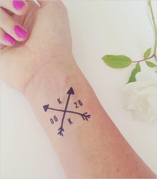 Wedding monogram temporary tattoos by Daydream Prints. #wchappyhour #weddingchicks http://www.weddingchicks.com/2014/07/18/wedding-chicks-happy-hour-29/