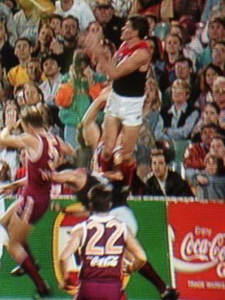 Shaun Smith - Greatest AFL marks of all time.    http://www.youtube.com/watch?v=kdJDB5_AxxE=youtube_gdata_player