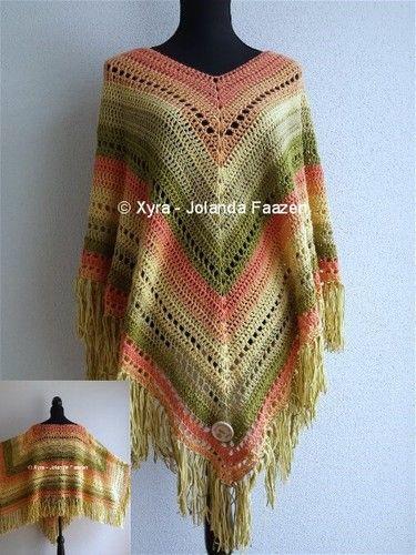 #PATR1031 #poncho #sjaal #haakpatroon #patroon #haken #gehaakt #crochet #pattern #scarf #shawl #omslagdoek #DIY #driehoek #recht  Patroon (NL) is beschikbaar via: Pattern (English-US) is available at: www.xyracreaties.nl www.ravelry.com/stores/xyra-creaties www.etsy.com/shop/XyraCreaties