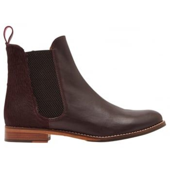 The origins of the classic Chelsea boot can be traced back to the Victorian era, but Joules have added a few little twists that means they'll be one of the coolest styles around today. Perfect to pair with tights, trousers and jeans - they'll be the finishing touch to any outfit. http://www.marshallshoes.co.uk/womens-c2/joules-womens-westbourne-oxblood-leather-chelsea-boot-p4158