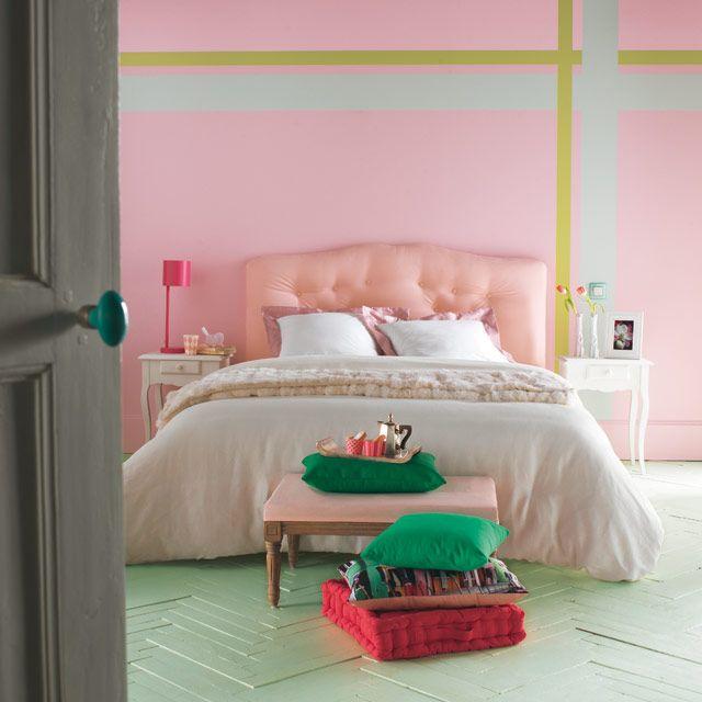 So Sweet... On concocte une chambre douce et sucrée comme un bonbon. On habille la déco de coloris berlingot aux vertus relaxantes ponctuée d'un motif écossais. On peint le parquet avec une Peinture spéciale sol intérieur vert Céladon.