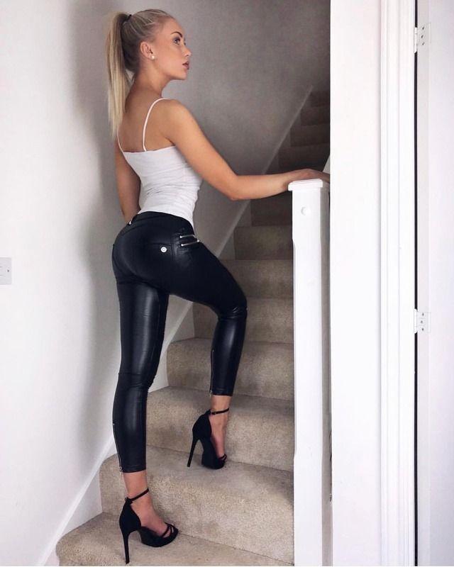 Girls In Leggings Compression Tights Spandex Latex Laidhub 1