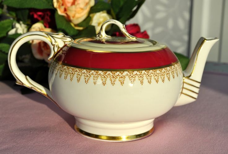 Paragon Cerise and Gold Vintage China Teapot c.1950's