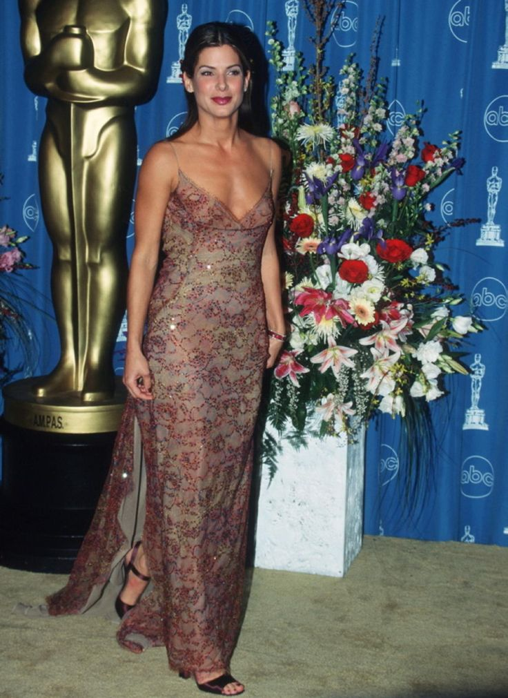 Sandra Bullock rocked an embellished Richard Tyler dress at the 1997 Academy Awards.