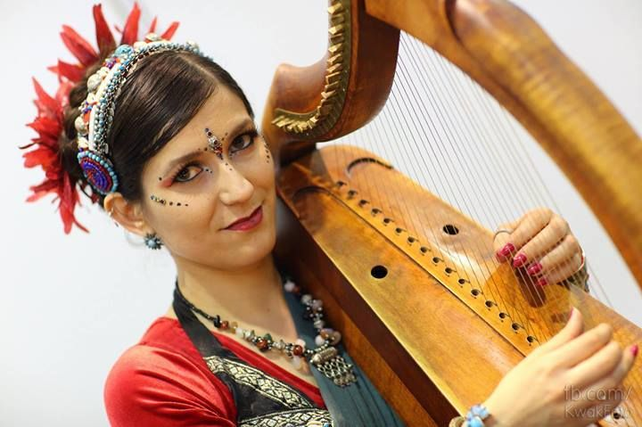 dancer: Barbara Karlik, photographer: KwakFoto, bindi: Tribal Bindi www.facebook.com/... belly dance bindi
