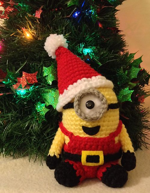 Santa Minion crochet pattern for inspiration. It's not a free pattern, but it's too cute not to share.