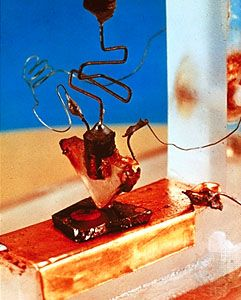 The First Transistor :: Inventors: William Shockley, John Bardeen, and Walter Brattain, Bell Labs (1947).