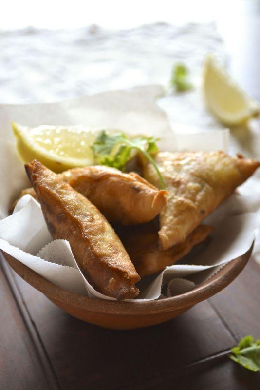 kurryleaves: MEAT SAMOSA