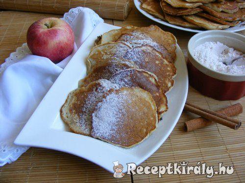 Almás palacsintaHozzávalók:2 db nagyobb alma 30-35 dkg liszt 2 tojás 1 csomag sütőpor 5 dl tej ízlés szerint 1-2 ek. cukor 1 csomag vaníliás cukorA sütéshez:kb. 1/2 dl olajA tálaláshoz:porcukor fahéj
