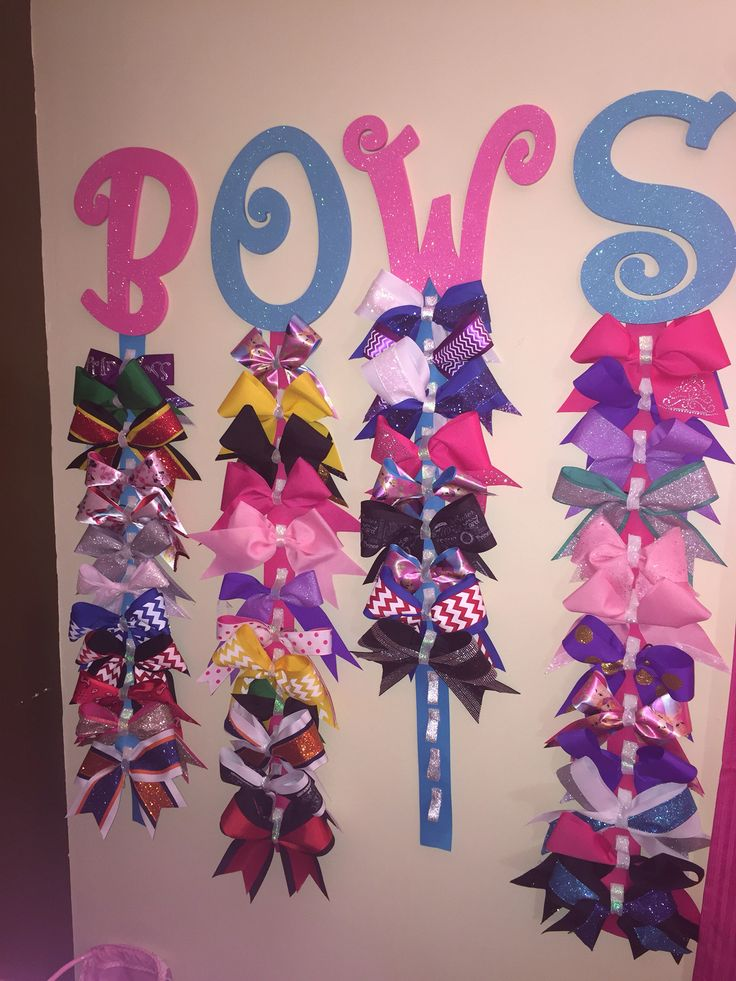 The 25+ best Cheer bow holders ideas on Pinterest ...