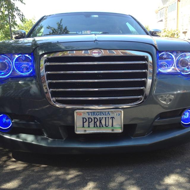 300 Srt8 Meet Mr Bentley On: 35 Best Images About Chrysler 300c On Pinterest