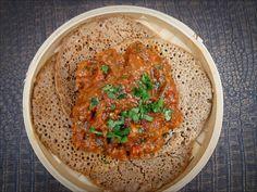 Le zigni est un ragoût traditionnel d'Erythrée et Ethiopie qui est généralement consommé avec du pain injera, faite avec du teff ou de farine de mil.