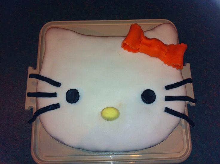 Hello kitty. Easiest cake to make!